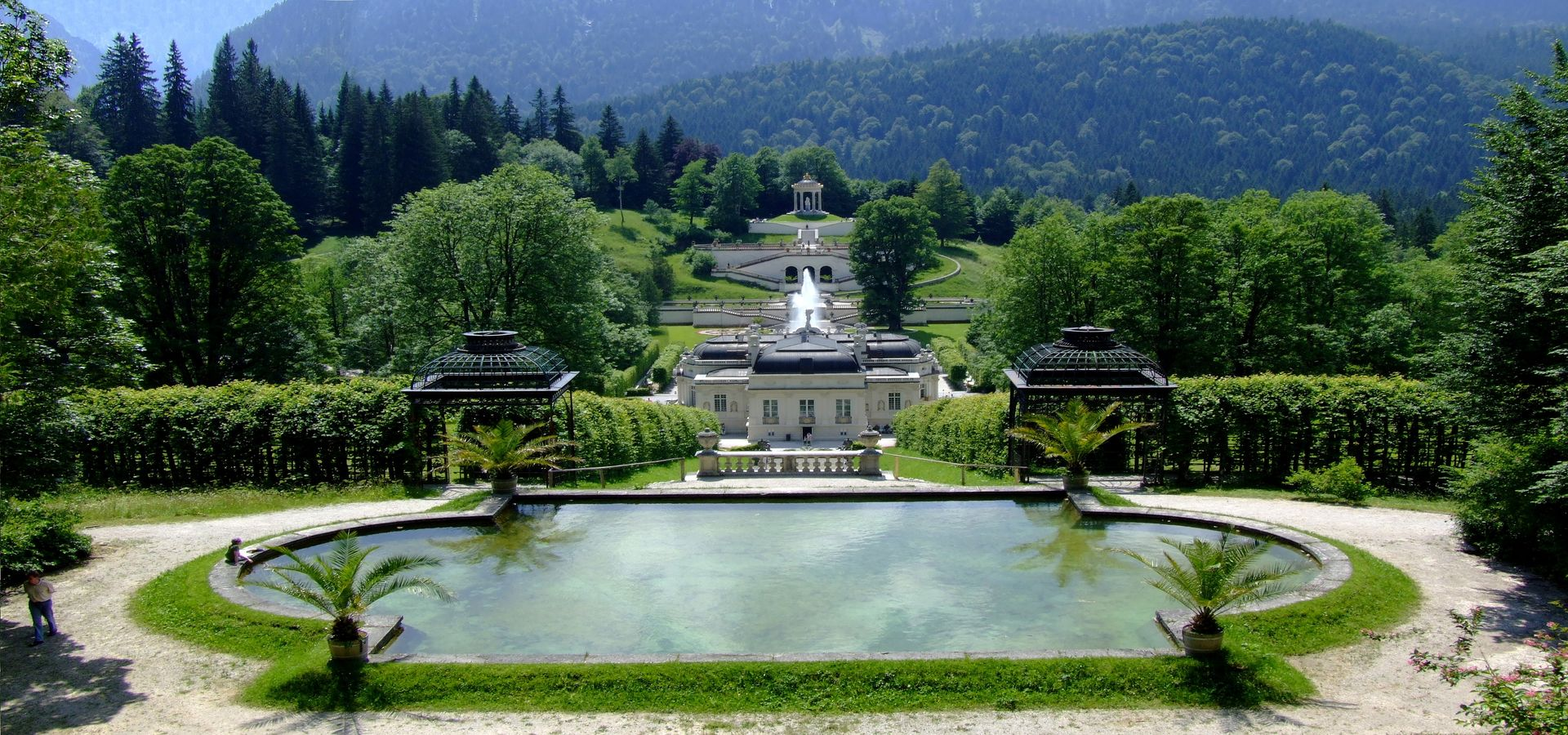 linderhof palace 1920900